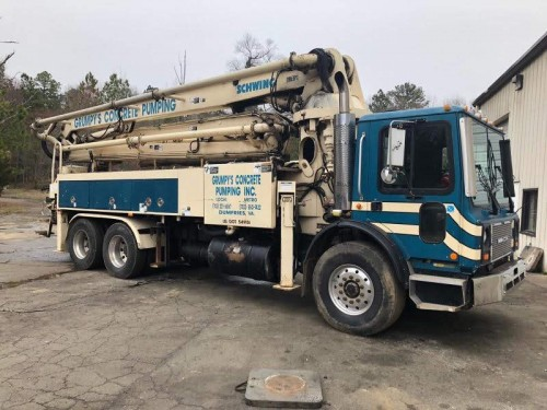 2004 Schwing 32 - Concrete Pump 2023 pump kit